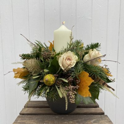 GOLDEN GLOW Candle Table Decoration